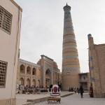 Minareten tillhörande Muhammad Rahim-Khan madrasa. Khiva (U)