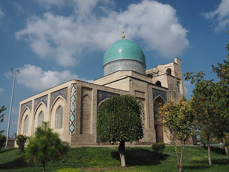 Kaffal-Shashi mausoleum. Tasjkent