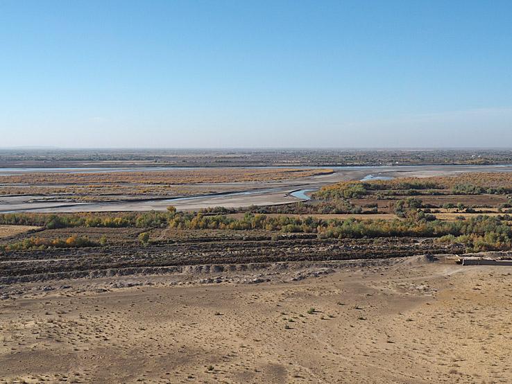 """Vy över floden Amudarja från """"Dödens torn"""""""