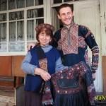Traditionella kläder. Byn Juta. aukasus