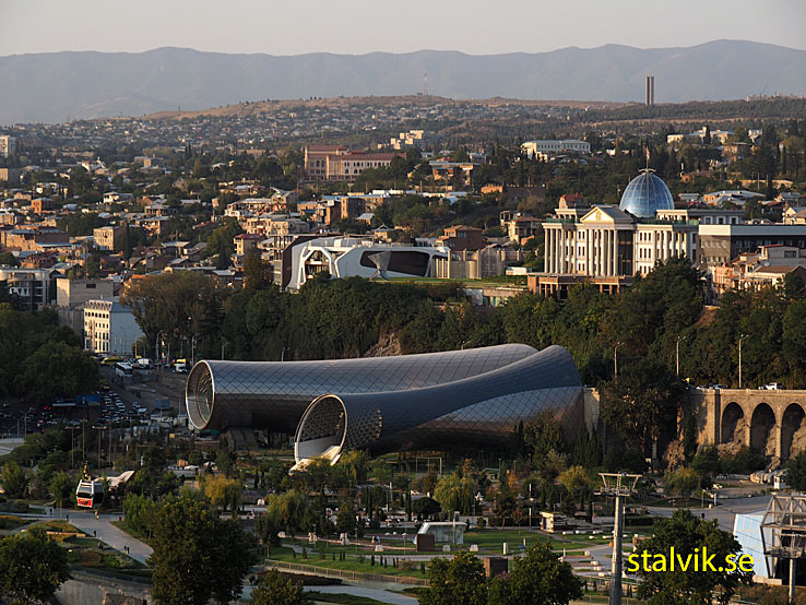 Vy över Tiblisi från berget Sololaki