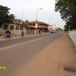 Independence Avenue, huvudgatan. Banjul