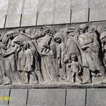 """Monumentet """"Ghettots hjältar"""". Warszawa"""