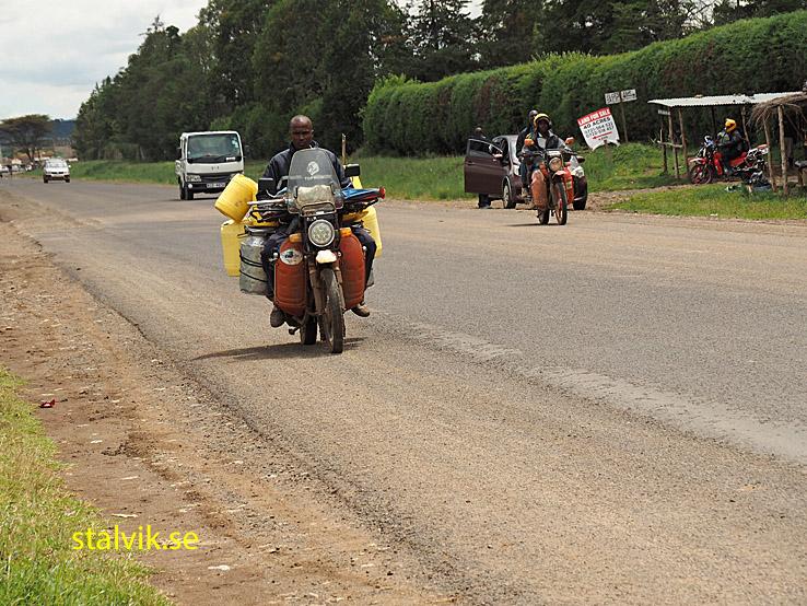 Landsvägsvy. Kenya
