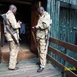 Beväpnade parkvakter. Mount Kenya