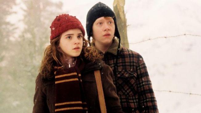 Rupert Grint dan Emma Watson. [IMDb]