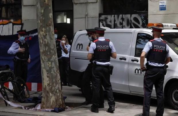 Asesinan a una joven uruguaya en Barcelona y detienen a su pareja como sospechoso