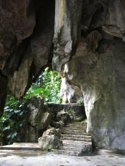 Grotta där slavar hölls