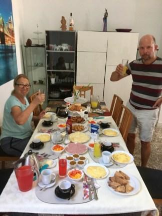 Frukost hemma i Havanna