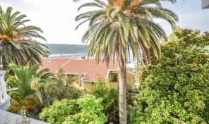 Na prodaju porodicni apart-hotel na Savini, Herceg Novi