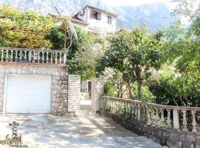 Kompletno renovirana kamena kuca, Dobrota - Kotor