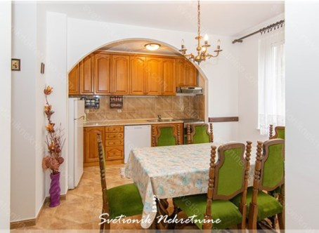 Prodaja stanova Herceg Novi - Dvosoban stan u blizini mora, Topla 1