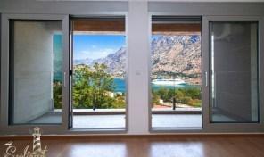 Prodaja – Cetvorosoban stan sa otvorenim pogledom na more – Skaljari, Kotor