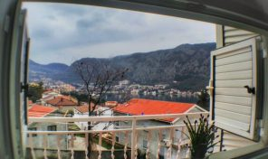 Prodaja – Jednosoban dupleks apartman sa pogledom na more – Dobrota, Kotor