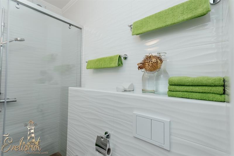 Svetionik Nekretnine real estate property oglasi herceg novi stan apartment for sale s727 39