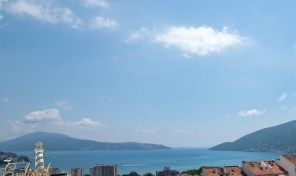 Dvosoban stan sa pogledom na more – Igalo, Herceg Novi