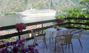 Family house near the sea – Muo, Kotor