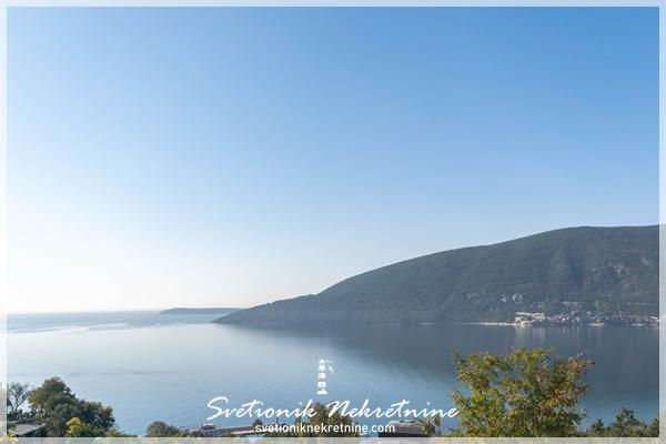 Jednosoban stan sa panoramskim pogledom na more Herceg Novi