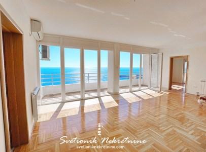 Nov trosoban stan sa panoramskim pogledom na more Budva Seoca 9