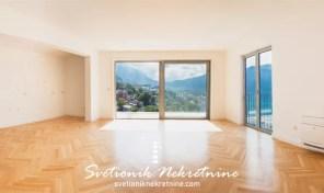 Luksuzan stan sa pogledom na more – Dobrota, Kotor