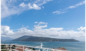Trosoban stan sa panoramsim pogledom na more – Savina, Herceg Novi