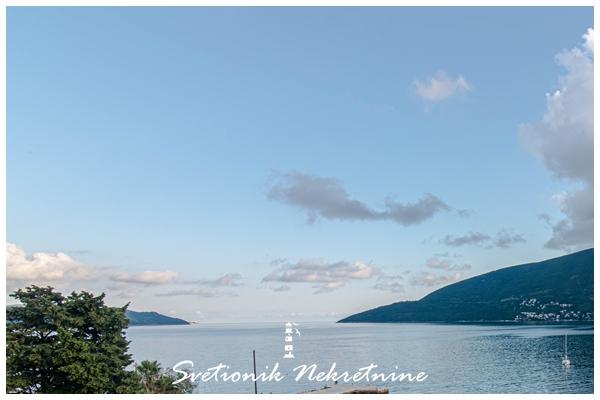 Prodaja stanova Herceg Novi - Fantastican troiposoban stan sa panoramskim pogledom na more na samom setalistu