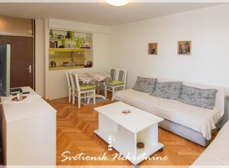 Stan | Prodaja | Renoviran stan sa panoramskim pogledom - Igalo, centar