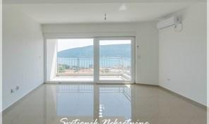 Stan sa pogledom na more i parkingom, novogradnja – Topla, Herceg Novi