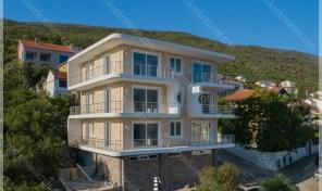 Luksuzni stanovi u novogradnji sa panoramskim pogledom na more, Krasici