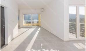 Stan u novogradnji sa pogledom na more – Djenovici, Herceg Novi