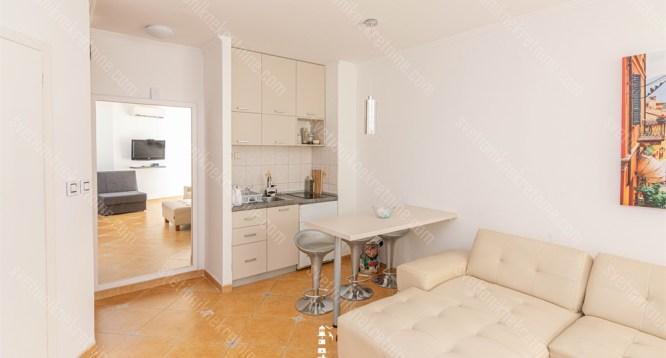 Prodaja stanova Herceg Novi - Jednosoban stan pogodan kako za zivot tako i za turisticko izdavanje, Igalo