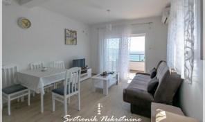 Dvosoban stan sa lepim pogledom na more – Igalo, Herceg Novi