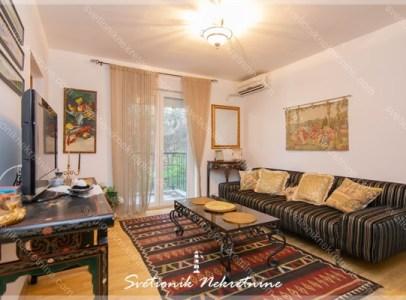 Prodaja stanova Herceg Novi - Kompletno namesten i opremljen stan