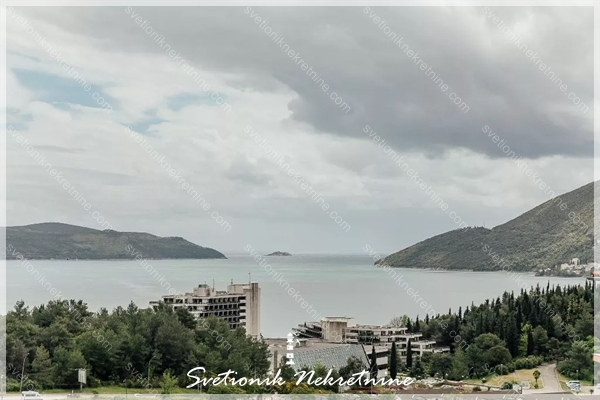 Prodaja stanova Herceg Novi - Dvosoban stan sa pogledom na more, Igalo