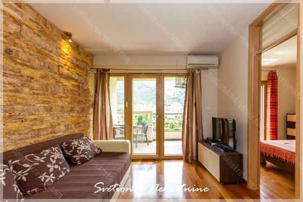 Prodaja stanova Herceg Novi - Luksuzan stan u neposrednoj blizini mora, Igalo
