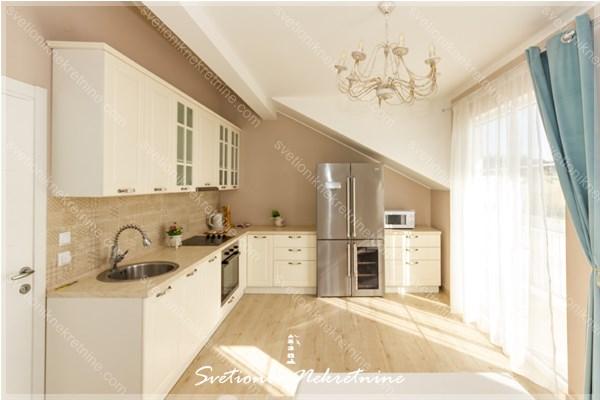 Prodaja stanova Herceg Novi - Stan u novogradnji sa pogledom na more, Topla 3
