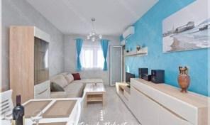 Na prodaju jednosoban stan – Budva, Maslinjak