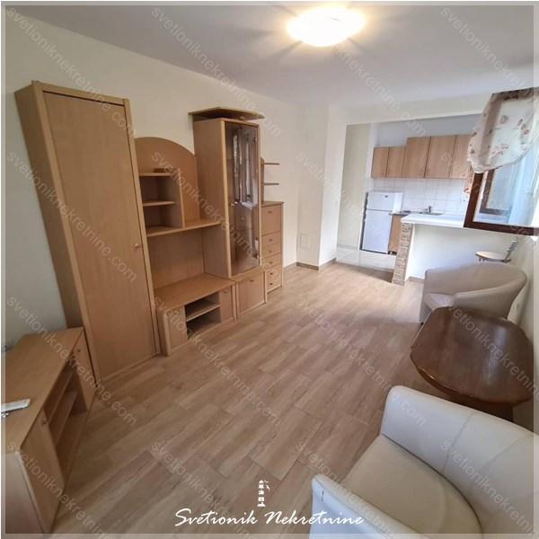 Prodaja stanova Budva - Jednosoban stan na svega 10-ak minuta lagonog hoda od plaze i centra, Babin Do