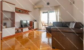 Luksuzan dvosoban stan sa panoramskim pogledom na more i parkingom u vlasnistvu – Topla 2, Herceg Novi