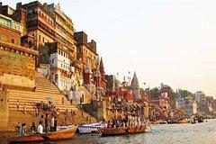 Sunrise Varanasi Boat Tour With on Board Music