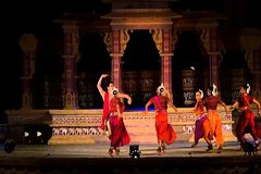 Private Day Tour of Khajuraho Temples with Sound and Light Show