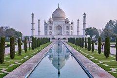 Skip the line Taj Mahal & Agra Fort Same Day from Delhi by Car