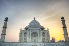 Same Day Taj Mahal Tour by Fastest Train Arrive 90 Minutes In Agra From Delhi