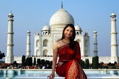Private Taj Mahal and Agra Full-Day Tour with Entrance Tickets