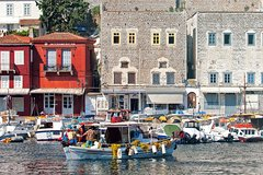 From Athens: Full-Day Cruise to Hydra-Poros-Aegina with Lunch Buffet