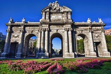 Literary Quarter, Monumental Madrid & Retiro Park Walking Tour