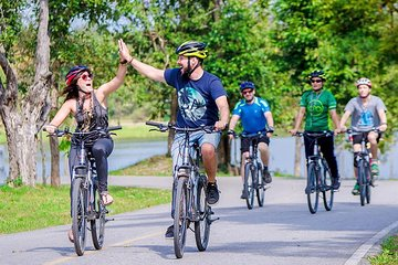 Koh Kret Island Bike Tour from Bangkok with Mon Tribe & Pad Thai Lunch