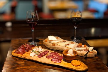 Madrid Tapas Diaries- A Premium Food & Wine Tour in the old city of Madrid