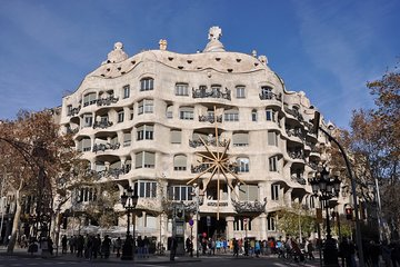 Private tours in Madrid, Zaragoza and Barcelona with transportation included