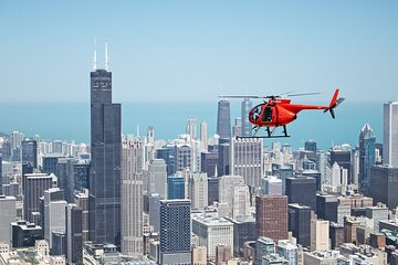 45 Minute Chicago Helicopter Skyline Tour (for 3 passengers)